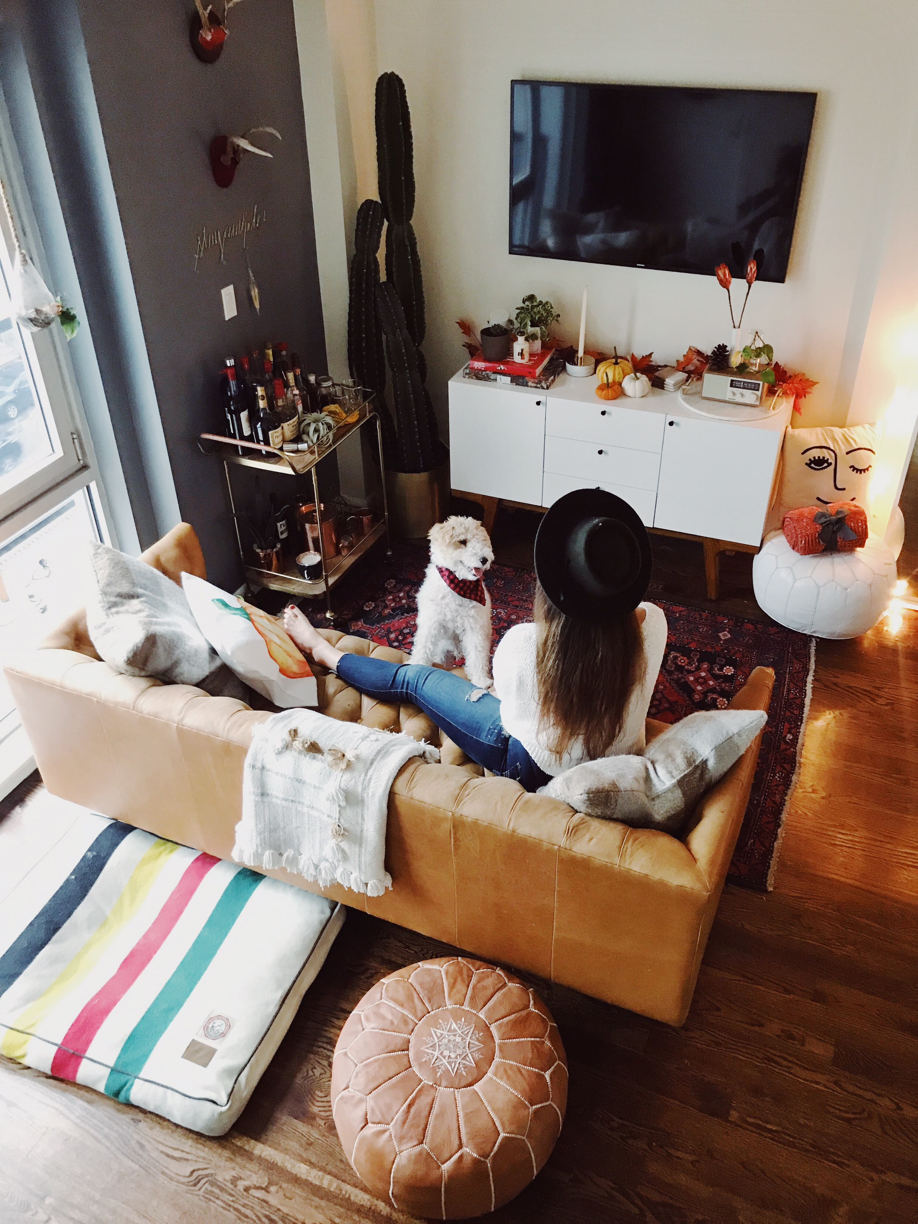 8 fall apartment decor ideas - Noelle\'s Favorite Things