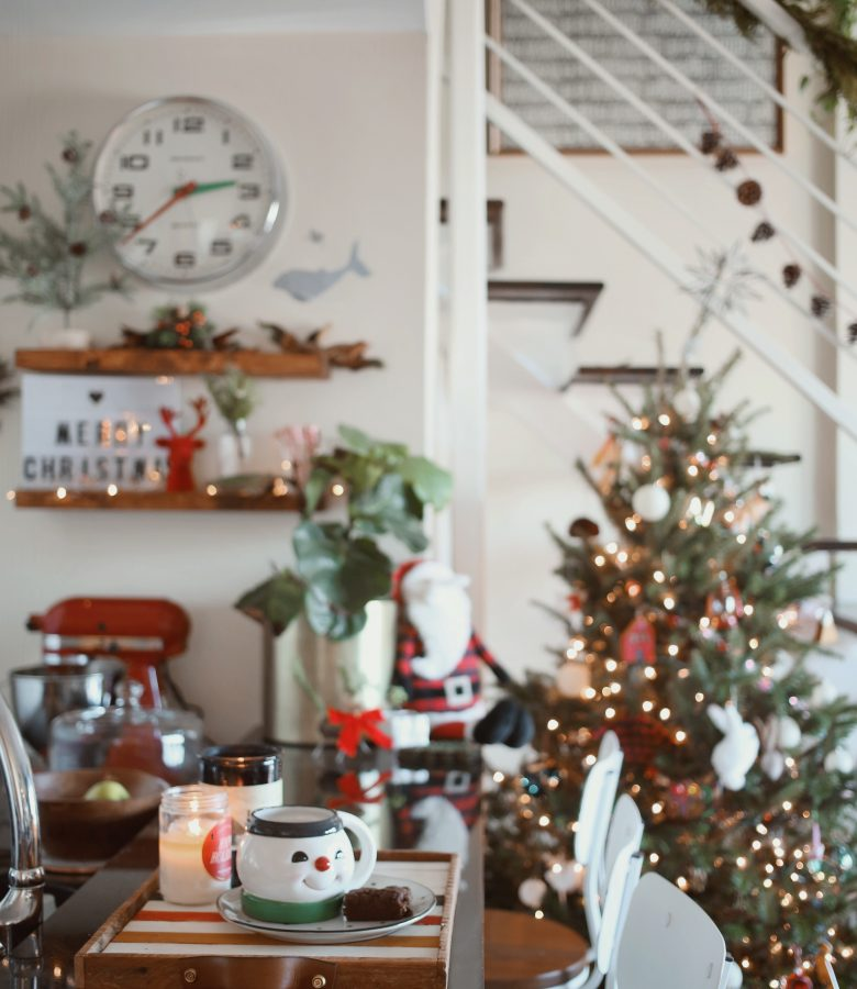 8 easy ways to decorate for Christmas!