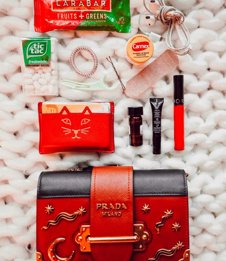 What's in my bag! / How to reorganize yours